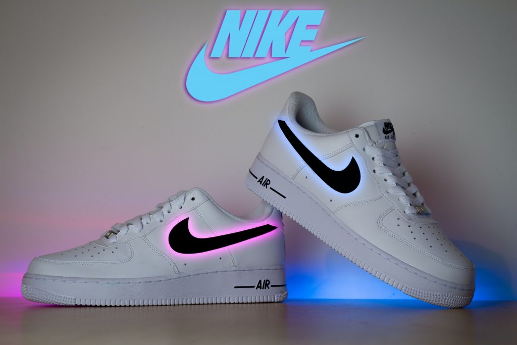 Nike online store is a new tren after COVID-19 in the US. It is good for online shoppers
