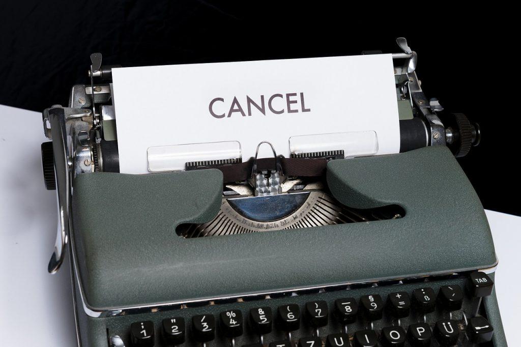 Cancel sign on a typewriter